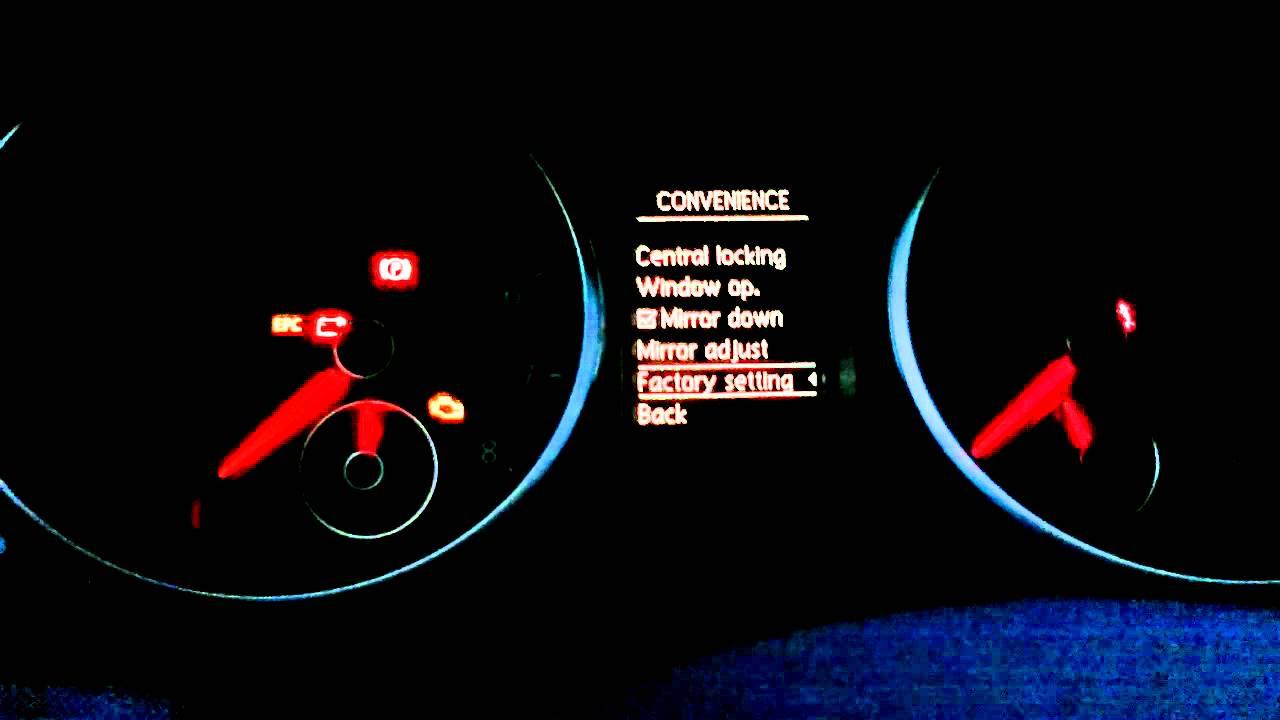 Volkswagen Golf VI MFI / MFA Multi Function Indicator features presentation