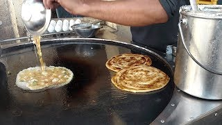 vuclip Anda Paratha | Pizza Egg Paratha at Street Food of Karachi Pakistan