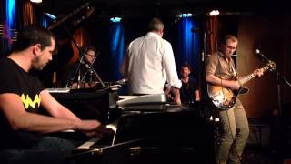 "Jeff Cascaro - live, A-Trane Berlin, ""Give it to me"", Feb. 8, 2014"