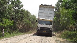 Truck Isuzu Giga Unloading Coral In project location Dump Truck Style