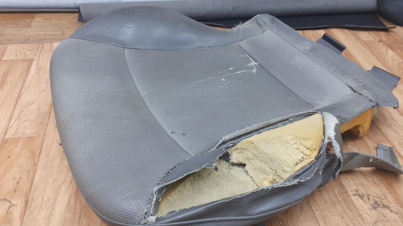 Ремонт на дунапрена на една стара и доста изстрадала седалка, преди тапицирането и!