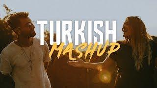 TURKISH MASHUP - Kadr x Esraworld - [Sen olsan bari, Leylim Ley, Imkansizim, Narin Yarim] Resimi