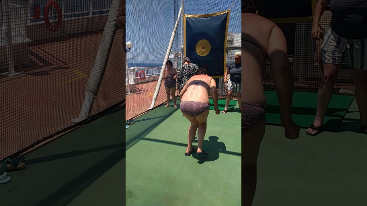 Lesbian cruise game