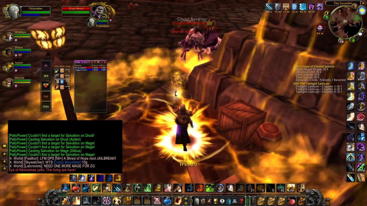World Of Warcraft 1.09 vanilla Paladin tank - YouTube