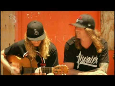 """The Dirty Heads - """"Lay Me Down"""" feat. Rome (Sublime) - Executive Music Group"""
