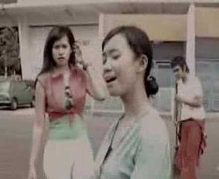 Anak Mama - Trio HP