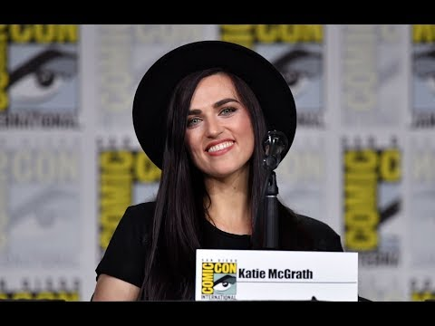 Supergirl SDCC 2018 panel Katie McGrath answers