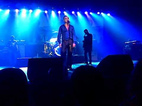 MORRISSEY- Smiler With Knife (Live in Zagreb 12.12.2014.)