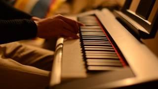 Khooneye Madar Bozorge Piano - خونه مادر بزرگه