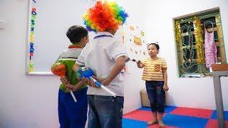 Kids go to School Learn colors FIDGET SPINNER Toys | Classroom Funny Nursery Rhymes