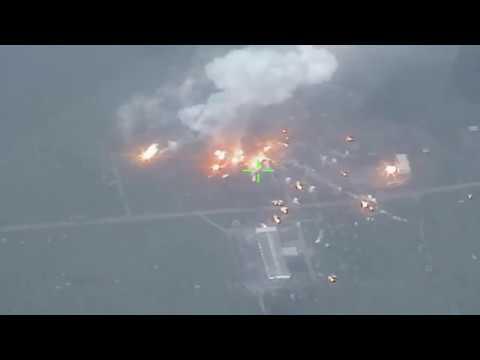 В Донбассе горят склады с боеприпасами украинской армии