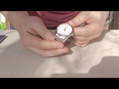 50m Wristwatch Youtube 1302 Mtp Changing The A Wr Casio On Battery f7yg6b