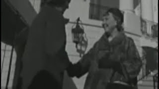 Video December 9, 1960 - Jacqueline Kennedy home from hospital and off to the White House download MP3, 3GP, MP4, WEBM, AVI, FLV Agustus 2018