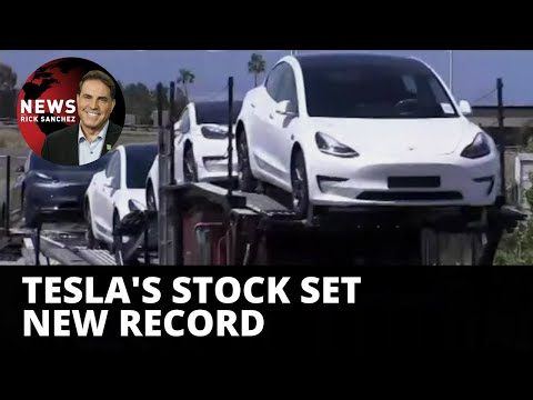 Something weird going on with Tesla's stock