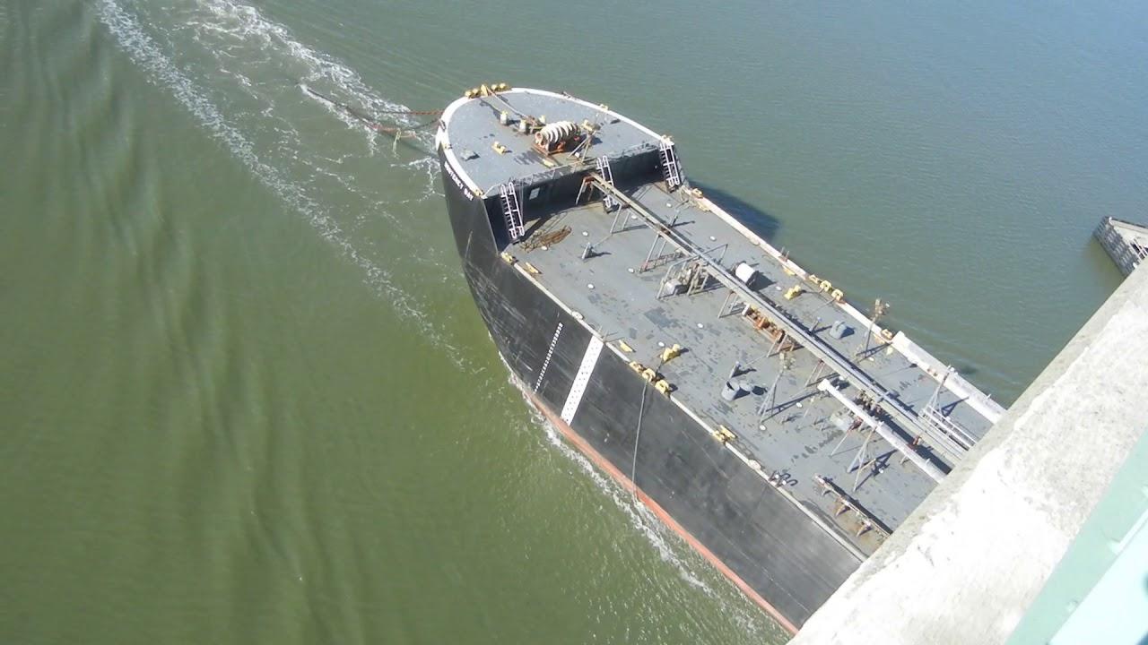 Monterey Bay Enters Carquinez Strait With Two Tug Escort