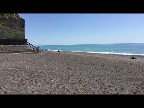 Абхазия частный сектор гостевой дом на берегу Домик у моря в Гагре пляж