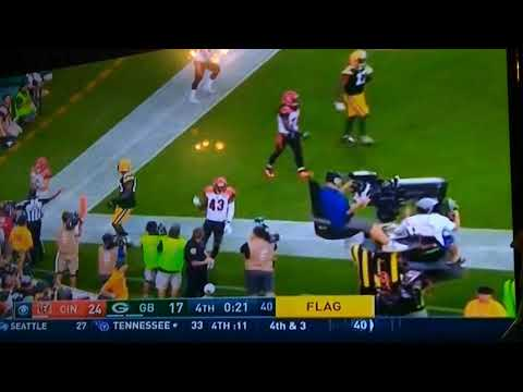 Jordy Nelson makes an insane touchdown catch to tie the game