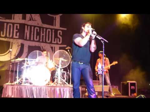 "Joe Nichols-Live-""Tequila Makes Her Clothes Fall Off/Sunny and 75"""