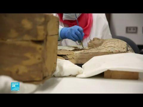 مصر: بدء أعمال ترميم التابوت الذهبي للفرعون توت عنخ أمون  - 12:55-2019 / 8 / 6