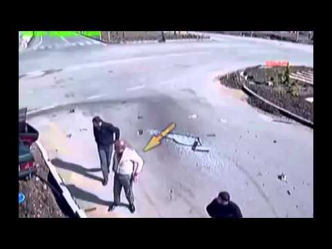 Car accident wars Syria crash