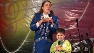 Gladys Muñoz - En robo y el cristiano - Medley de Coritos