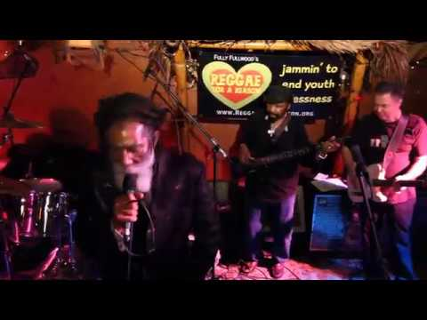 Fully Fullwood Band feat: Don Carlos - Music Crave