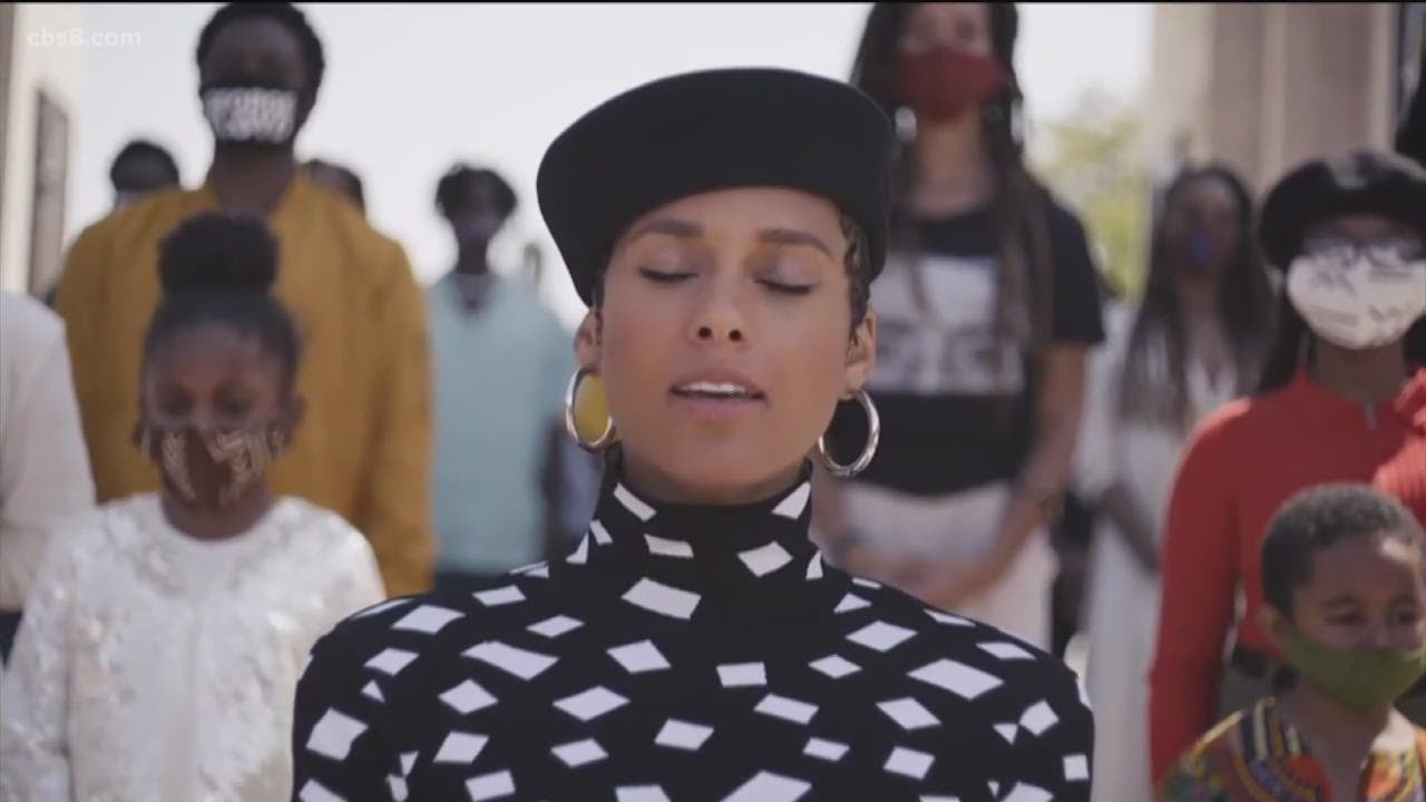 Alicia Keys Sings Black National Anthem Youtube