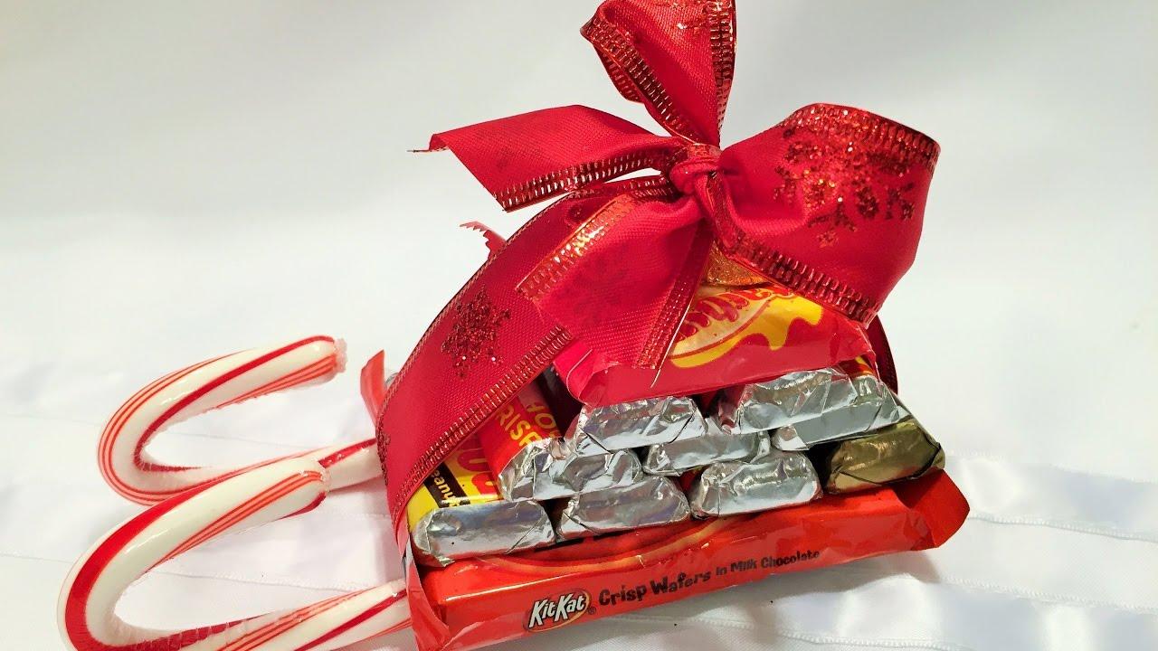 санки из конфет своими руками пошаговое фото завершающим
