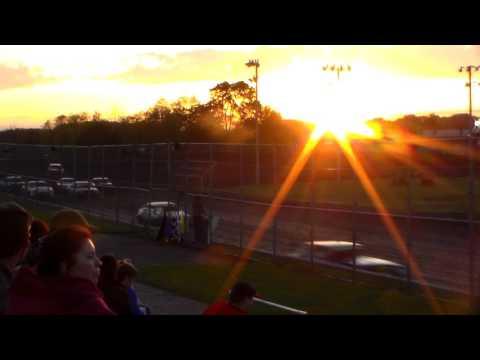 Stock Car Heat 1 @ Boone Speedway 05/27/17