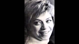 Esin Afşar - Yoh Yoh (English Subtitles)