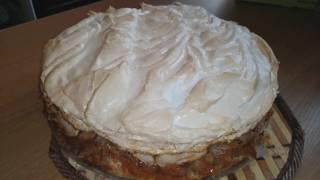 Потрясающий яблочно- банановый пирог с мягким безе.