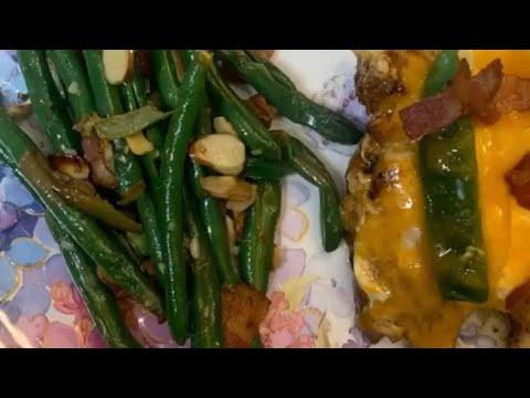 jalapeño-popper-chicken-&-lemon-garlic-green-beans