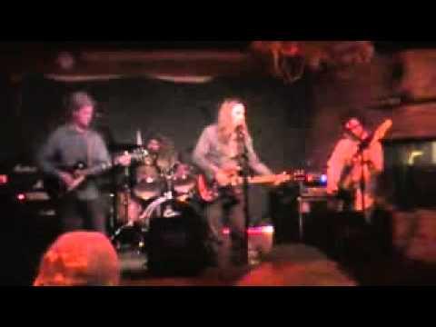 Olde Cellar Band @ Ravari room & Olde Cellar Band @ Ravari room - YouTube