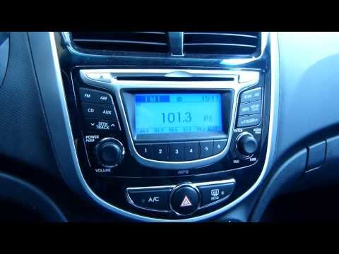 Hyundai Accent iPhone 5 with 30-pin Apple adapter Working !