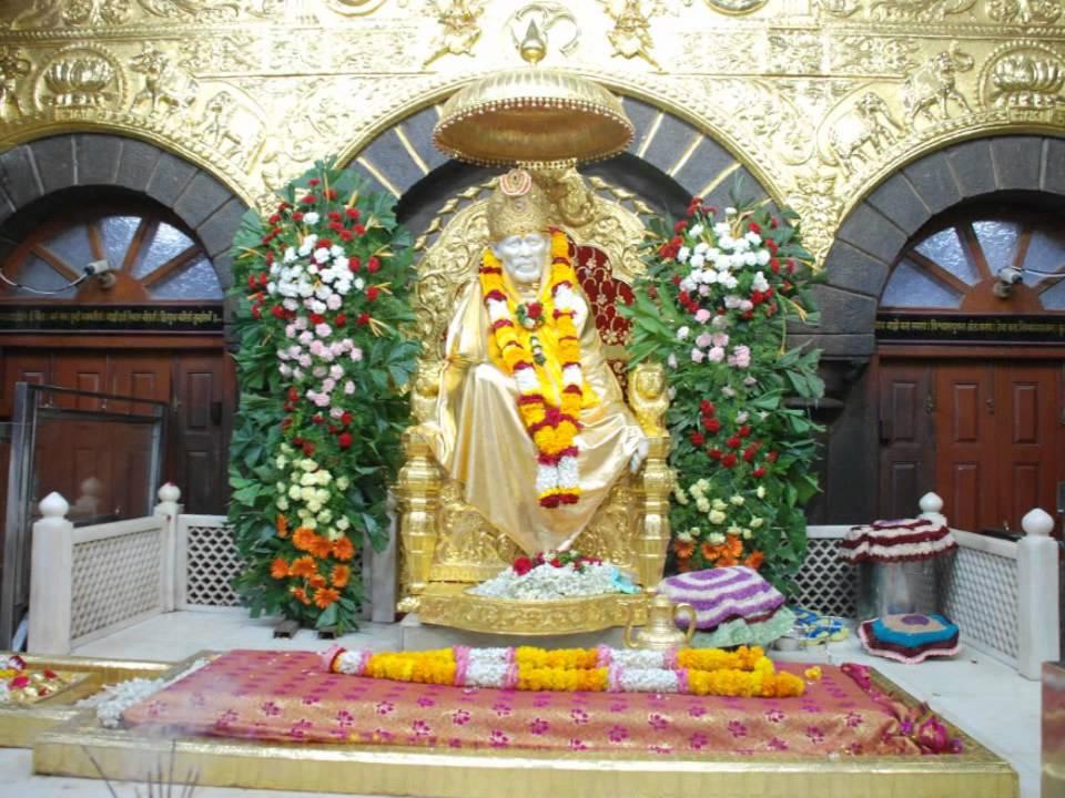 Download Aarathi Sai Baba song from Shirdi Sai hd