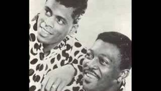 James and Bobby Purify - Shake a Tail Feather