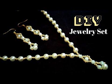 beaded-necklace-and-beaded-earrings-set-for-elegant-women