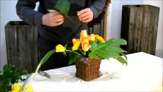 Потрясающая композиция из цветов своими руками (школа флористики для начинающих).