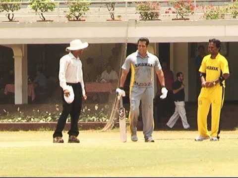 Salman Khan batting at JUNOON - Celebrity Charity Cricket Match.