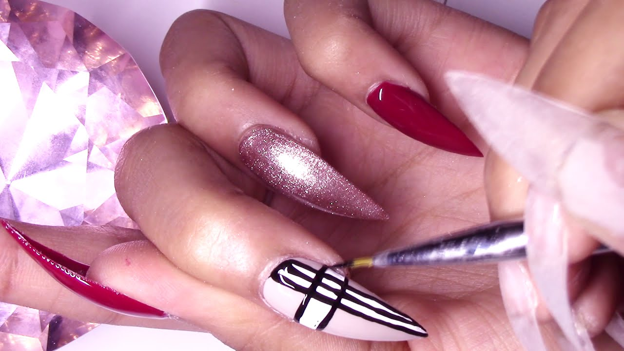 Modelones Review D I Y Burberry Press On Nails Tutorial