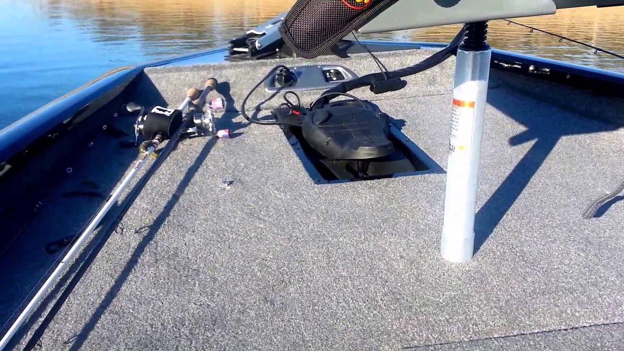 2014 B Tracker Pro Team 175 TXW B Boat Review - YouTube  Txw Tracker Wiring Diagram on chevy tracker engine diagram, geo tracker transmission diagram, tracker suspension diagram, tracker wiring colors, tracker fuse diagram, tracker accessories, geo tracker brake diagram, geo tracker body parts diagram, tracker radio,