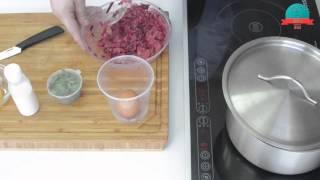 Бифштекс с яйцом и спагетти