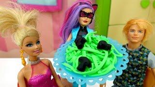 Мультик #Барби: кошка Габриэль портит свидание Барби и Кена! Видео для девочек с Плей До (Play Doh)