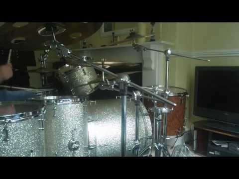 erikah badu, drum cover, using a realy  crazy camra lol