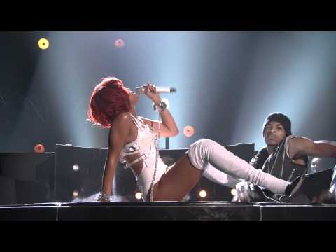 Rihanna ft. Britney Spears - S&M (BMA 2011)