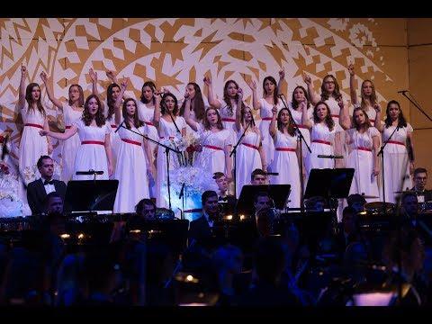 Flashlight (from Pitch Perfect 2) - Gimnazija Kranj Girls Choir