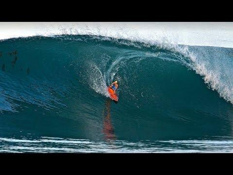 RC Surfer shredding PERFECT WAVES