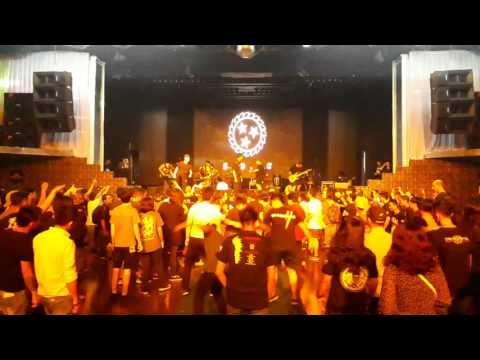 White chapel live in Ho Chi Minh city 2017