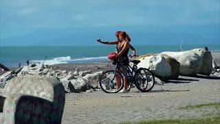 Hokitika - Beach, Arts and Crafts - West Coast, New Zealand