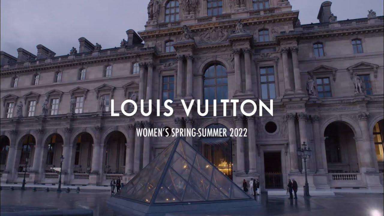 Download Women's Spring-Summer 2022 Fashion Show | LOUIS VUITTON